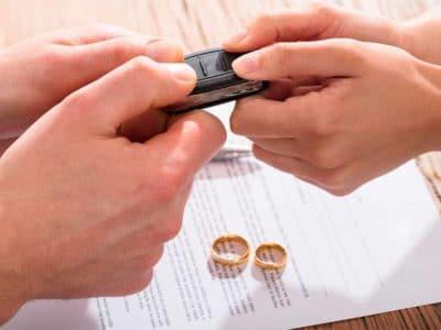Как делят кредитный автомобиль при разводе